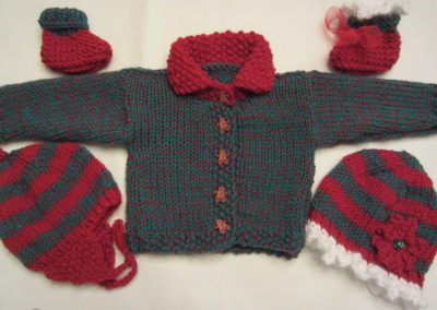 BABY SWEATER CHRISTAS LAYETTE - Copy